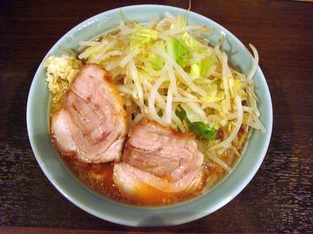 あかつきラーメン野菜マシニンニク.jpg