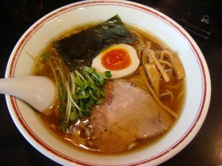 あぢとみ食堂正油細麺.jpg