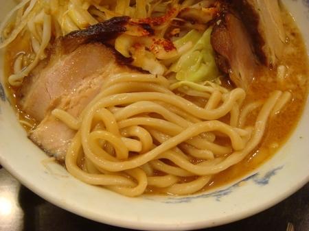 うえだ鬼麺王の麺.jpg