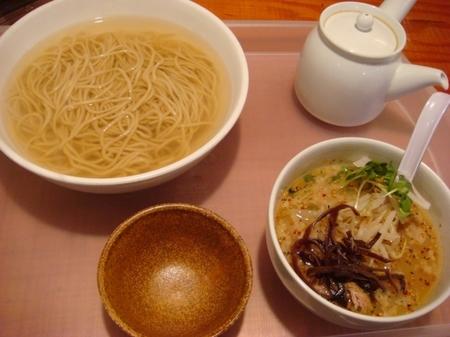 イツワ製麺所釜あげつけ麺太麺.jpg
