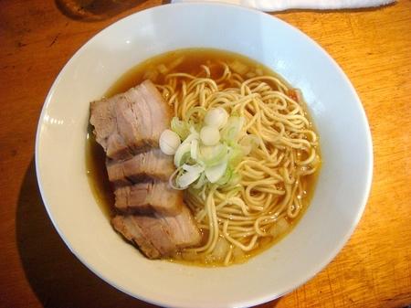 伊藤赤羽比内鶏肉そば.jpg