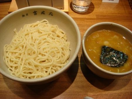 吉左右つけ麺.jpg