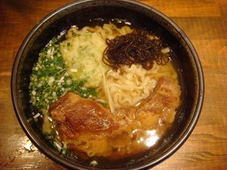首里製麺ソーキすば.jpg