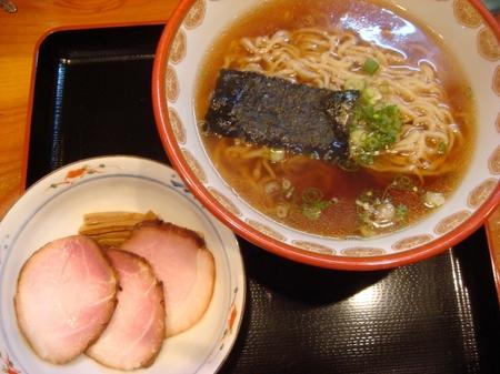 神楽炭火焼チャーシュー麺3枚.jpg