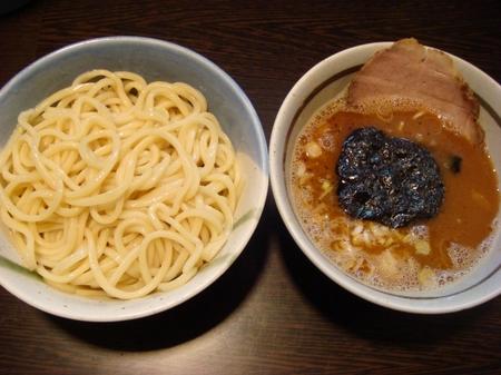 兎に角つけ麺小盛.jpg