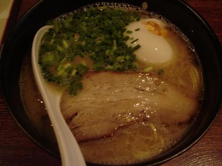 凪豚骨麺.jpg