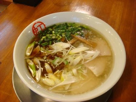 虹の麺塩ラーメン.jpg