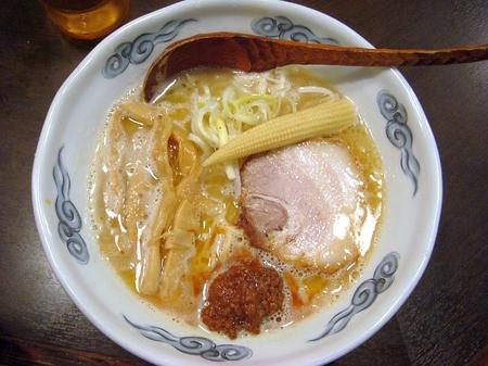 日の出らーめん濃厚鶏コク麺.jpg