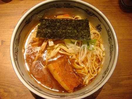 武蔵新宿らー麺.jpg