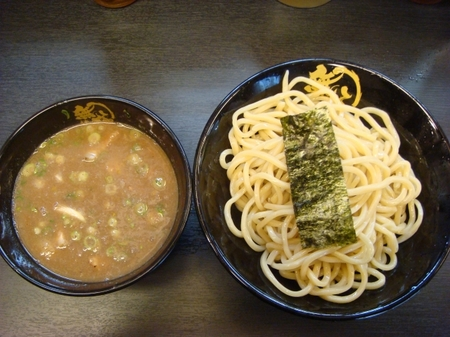無極豚骨つけ麺.jpg
